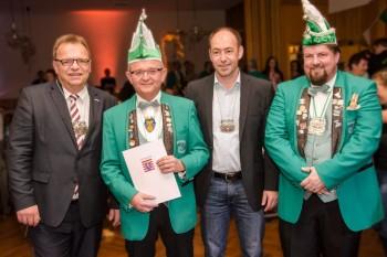 Landrat Winfried Becker, Jörg Brandau, Mario Gerhold (BGM Körle) und Joachim Schütz (Präsident CCE) (v.l.). Foto: nh