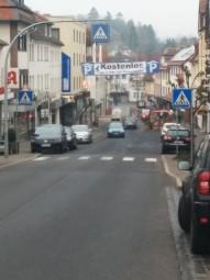 Die derzeitige Situation in der Bahnhofstraße in Treysa. Foto: nh