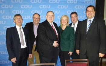Frank Williges, Uwe Brückmann, Bernd Siebert MdB, Eva Kühne-Hörmann MdL, Mark Weinmeister und Thomas Viesehon MdB (v.l.). Foto: nh