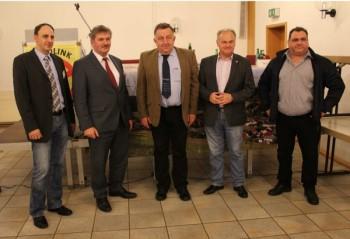 Dr. Lars Niebel, Walter Glänzer, Dr.Ing. Detlef Ahlborn, Jürgen Schäfer und Holger Kurtz (v.l.). Foto: nh