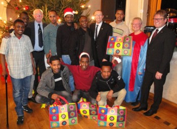Die Gruppe der eingeladenen Flüchtlinge mit Freunden der Homberger Lions. Foto: Gert Wenderoth