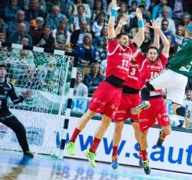 Auf die Defensive wird es ankommen, so wie in dieser Szene mit (v.l.) Villadsen, Danner, Maric (verdeckt) und P. Müller. Foto: Alibek Käsler