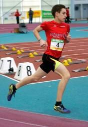 Marvin Knaust stellte über 800 Meter eine neue Hallenbestzeit auf. Foto: nh