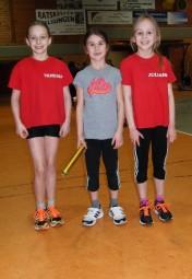 Das siegreiche MT-Staffel-Trio mit Juliana Wagner, Mia Barth und Vanessa Volland. Foto: Alwin J. Wagner