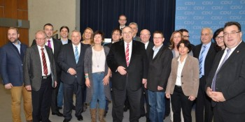Der Kreisvorstand der CDU Schwalm-Eder um ihren alten und neuen Vorsitzenden Bernd Siebert MdB. Foto: nh