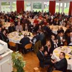 FDP-Kreisvorsitzender Nils Weigand begrüßt die Geburtstagsgäste. Foto: Reinhold Hocke