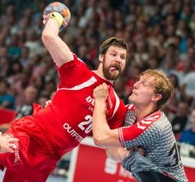 Momir Rnic gegen Jesper Nielsen. Foto: Alibek Käsler