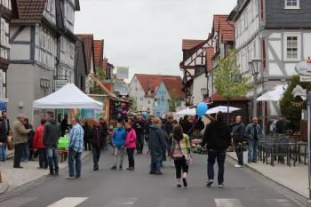 Ab in den Frühling - Verkaufsoffener Sonntag am 8. Mai in Ziegenhain und Treysa. Foto: nh