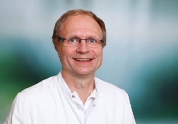Um Schmerzen in der Hand oder im Handgelenk geht es während eines kostenlosen Vortrages von Dr. Jochen Textor. Foto: nh
