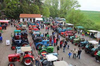 Oldtimerschau am 1. Mai in Wasenberg. Foto: nh