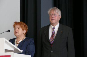 Ulrike Alex, Seniorenpolitische Sprecherin der SPD-Landtagsfraktion Hessen, und Siegfried Richter, Vorsitzender AG SPD 60 plus Bezirk Hessen Nord. Foto: nh