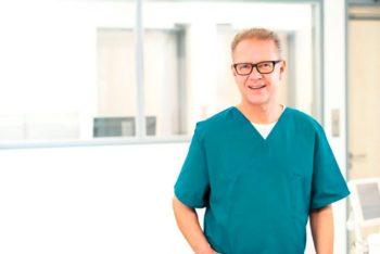 Kostenloses Vorsorgeangebot: Gefäßchirurg und Chefarzt Dr. Peter Dahl (Foto) und sein Team laden zu Untersuchungen der Bauchaorta in das Klinikum Schwalmstadt ein. Foto: nh