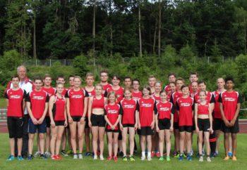 Das Melsunger Team bei den Kreismeisterschaften über 800 Meter. Foto: nh