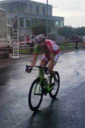 Axel Hauschke hat sich in der drittletzten Runde abgesetzt und fährt dem Ziel entgegen. Foto: nh