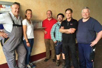 Dirk Spengler, Adriana Reitz, Burkhard Walz, Detlef Jacob, Stefan Rehberg und Ortsvorsteher Karsten Schenk (v.l.). Foto: nh