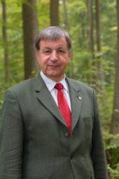 Abteilungsdirektor Detlef Stys hinterlässt große Fußstapfen. Foto: A. Fischer/HessenForst