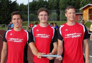 Aaron Werkmeister, Tobias Stang und Michael Hiob liefen sich als Dritter über 3x1000m in die TOP-TEN in Hessen. Foto: nh