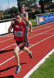 Marvin Knaust auf dem Weg zur neuen 400-Meter-Bestzeit. Foto: nh