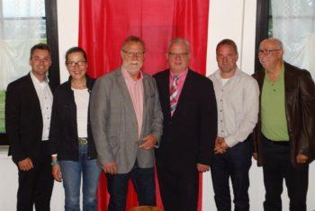 Gruppenfoto auf der Delegiertenkonferenz: Patrick Gebauer, Regine Müller, Detelef Schwierzeck, Jürgen Kaufmann, Daniel Helwig und Michael Schneider. Foto: nh