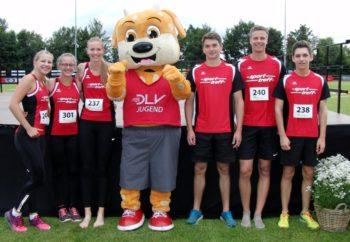 Die MT-Athleten in Hachenburg mit dem DLV-Maskottchen JuLe. Foto: nh