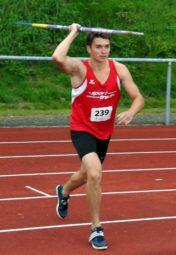 Henri Alter setzte sich in Hachenburg mit 62,97 m vor Leon Kalteich durch. Foto: nh