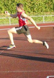 Henri Alter, der sich im Dreisprung auf 14,63 m verbessern konnte. Foto: nh