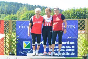 Siegerehrung im Wurf-Fünfkampf der W75 in Zella-Mehlis. Foto: nh