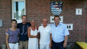 Kerstin Schwab, Florian Krey, Christa Krey, Horst Krey und Landrat Winfried Becker. Foto: nh