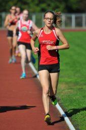 Die 15-jährige Lynn Olson lief der Konkurrenz über 3000 Meter weit voraus. Foto: nh