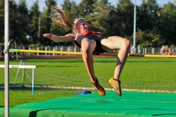 Katharina Wagner war die überragende Athletin. Nach ihrem 100m-Sieg in 12,87 Sekunden sammelte sie auch die optimale Punktzahl im Hochsprung. Foto: nh
