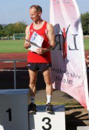 Bernd Gabel belegte mit neuer Bestleistung Platz drei bei den süddeutschen Mehrkampfmeisterschaften in Nieder-Olm. Foto: nh