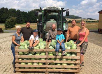 Vier Generationen Landwirte: die Familie Alter aus Maden. Foto: nh