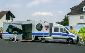 Das Präventionsmobil der hessischen Polizei. Foto: Polizeipräsidium Nordhessen/obs