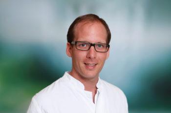 Dr. Benjamin Frick, Oberarzt swe Klinik für Gastroenterologie, Hämatologie und Palliativmedizin. Foto: Asklepios