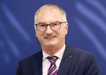 Ansprechpartner für Energieeffizienz in der IHK Kassel-Marburg ist Dr. Gerold Kreuter. Foto: nh