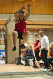 Jan Ullrich flog noch nie so weit und landete erst bei 6,54 Metern. Foto: nh