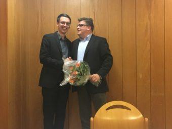 CDU-Geschäftsführer Marco Rösner gratuliert Marc Liebermann nach der einstimmigen Wahl. Foto: nh