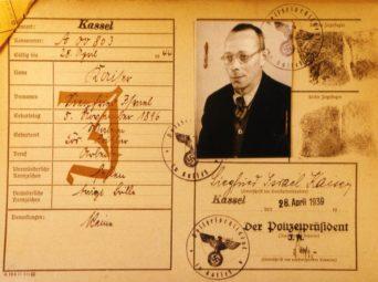 Die Kennkarte von Siegfried Kaiser, gebürtig aus Wabern, vom 28. April 1939 (Stadtarchiv Kassel, Signatur:A 3.32 Volkskartei, Abt.J). Quelle: Thomas Schattner