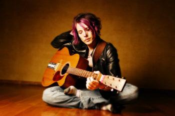 Die Singer-Songwriterin Namoli Brennet. Foto: nh