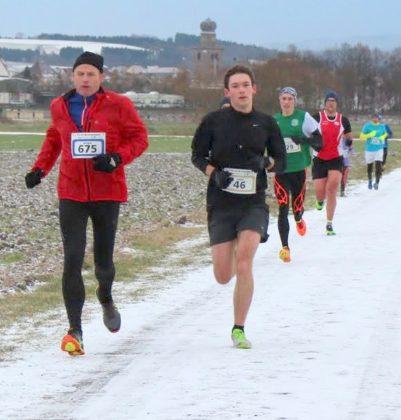 Moritz Knaust (Nummer 46) überzeugte als der Dritter in der M20 mit einem großartigen Fünf-Kilometer-Lauf und mit der neuen Bestzeit von 18,26 Minuten. Foto: nh