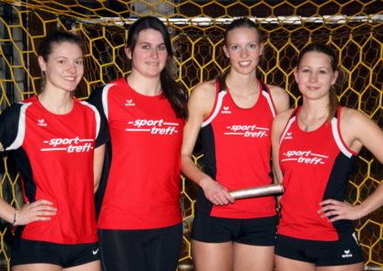 Nele Grenzebach, Lisa Arend, Katharina Wagner und Rabea Pöppe verbesserten in der Staffel die drei Jahre alte Hallenbestzeit. Foto: Lothar Schattner