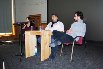 Fatima Stieb, Rinaldo Strauß und Malte Clausen vom hessischen Landesverband der Sinti und Roma. Foto: Thomas Schattner