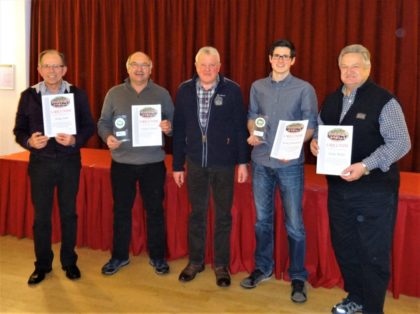 Peter Bächt in Vertretung für Heike Führ, Frank Schmidt, Hans Michelbach (1. Vors.), Maik Schweitzer und Ernst Becker (v.l.). Foto: nh