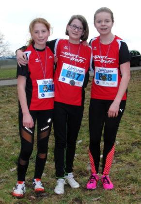 Das Melsunger WU14-Team mit Pia Gille, Sarah Langheld und Vivian Groppe belegte den 3. Platz in der Mannschaftswertung. Foto: nh