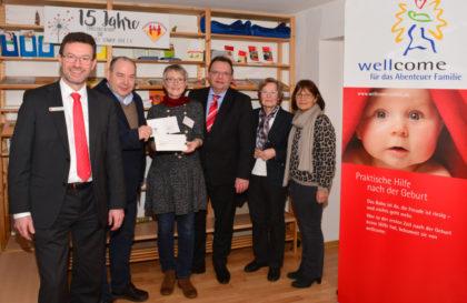 Spendenübergabe beim Verein Familienzentrum und Elternschule Schwalm-Eder. Foto: nh