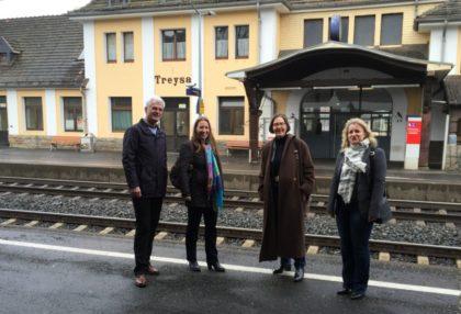 Torsten Warnecke MdL (Bad Hersfeld), Dr. Daniela Sommer MdL (Frankenberg), Regine Müller MdL (Schwalmstadt) und Angelika Löber MdL (Biedenkopf) (v.l). Foto: nh