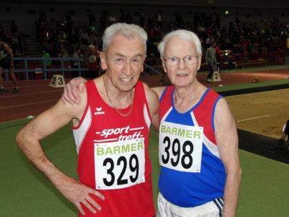 Harry Geier und Dr. Horst Hufnagel trennten am Ende über 200 Meter nur 0,05 Sekunden. Foto: nh