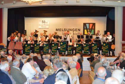 Das Jubiläumskonzert der Egerländer Musikanten in der Melsunger Stadthalle war mehr als gut besucht. Foto: nh