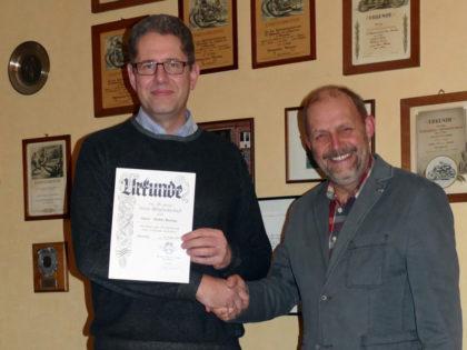 Stefan Berlipp und 1. Vorsitzender Peter Dewald (v.l.). Foto: nh
