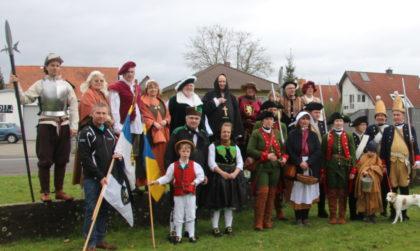 Gruppenbild der Schwalmstädter Festzugteilnehmer. Foto: nh